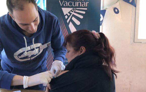 Jornada de Vacunación en Manos en Acción